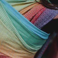 Chusta tkana splot serduszkowy Little Frog Lovely linen rainbow